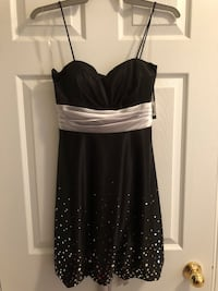 Dress - Black and Silver - New With Tags  Toronto, M5J