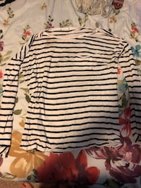 Striped long sleeve shirt  Spokane, 99223