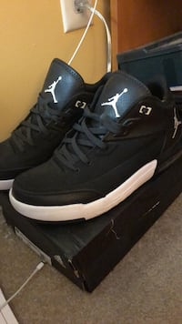 pair of black Air Jordan basketball shoes Hanover, 21076