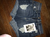 Guess shorts size 27