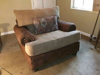CHAIR FOR SALE COUCH AVAILABE Waycross, 31501