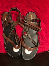 pair of black-and-brown sandals Orlando, 32817