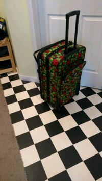 Suitcase 2 pc Rochester, 14626