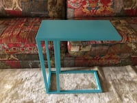 Super cute side table Acworth, 30102