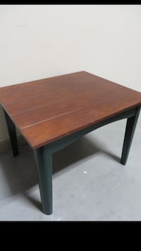 Good Condition End Table