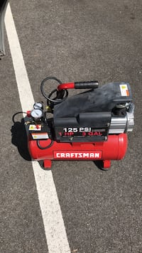 black and red Craftsman air compressor Lanham, 20706