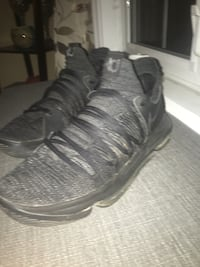 Pair of black KD's SIZE 10.5 Whitby, L1M 1H9