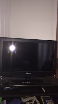 black Curtis flat screen TV 30inch Coral Springs, 33065