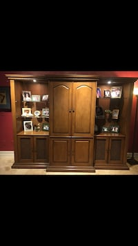 Wall Unit with plenty of storage space. Lake Mary, 32746