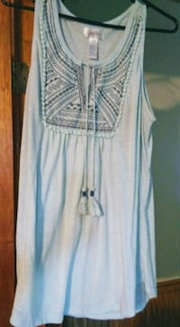 Light teal in color size 1x sleeveless tunic Union, 39365