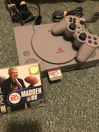 Like New original PS1 with memory card 1 controller and madden 99 Louisville, 40216