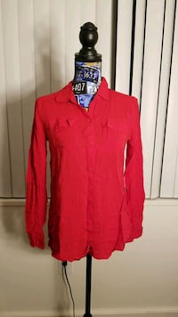 New red blouse size small Alexandria, 22304