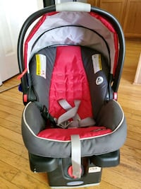 Car seat with car adaptor platform Woodbridge, 22192