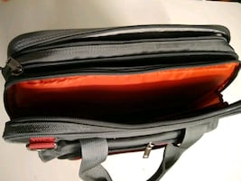 Lap top bag (NEW )