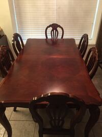 Table, 8 chairs, China cabinet, table leaf extension Marrero, 70072