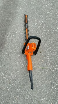 "16"" black and Decker hedge trimmer Toronto, M1X 1G9"
