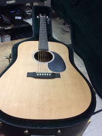 Martin guitar electric / acoustic DRS2 pre owned with case mint ! 848994-1 Baltimore, 21205