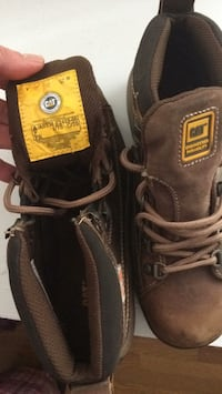 Pair of brown leather work boots Milton, L9T 2V6