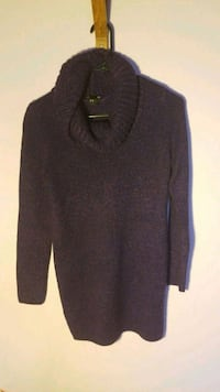 Long purple sweater London, N6G 5P8