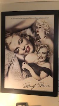 Marylin Monroe in excellent condition movie picture frame beautiful colors. Las Cruces, 88001