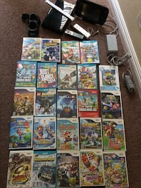 Boack Wii U with 2 controllers Los Ángeles, 91402