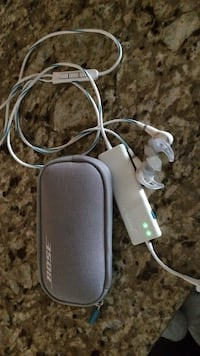white bose earphones with pouch Langford, V9B 0C9