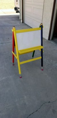 Easel - Double Sided w/ Dry-Erase and Chalk Los Alamitos, 90720