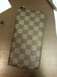 Louis Vuitton wallet Burnaby, V5B 4T5