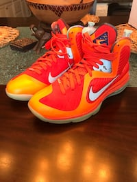 Lebron 9 big bang!!size 10 Stafford, 22554