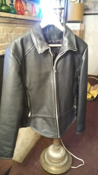 NEW RIVER ROAD LADIES LEATHER JACKET Fresno, 93703