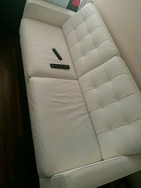 White Leather Sectional Sofa Mississauga, L5R 3R4