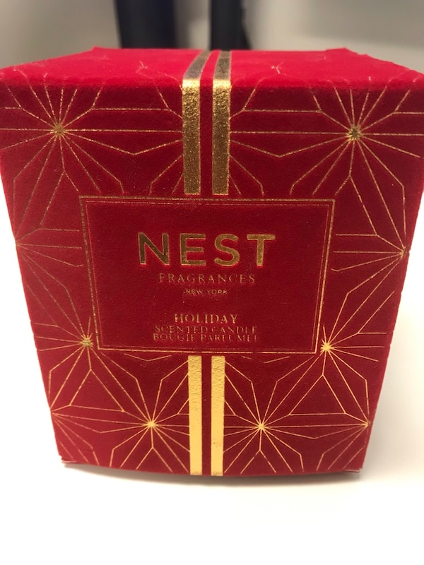 Nest Holiday Scented Candle