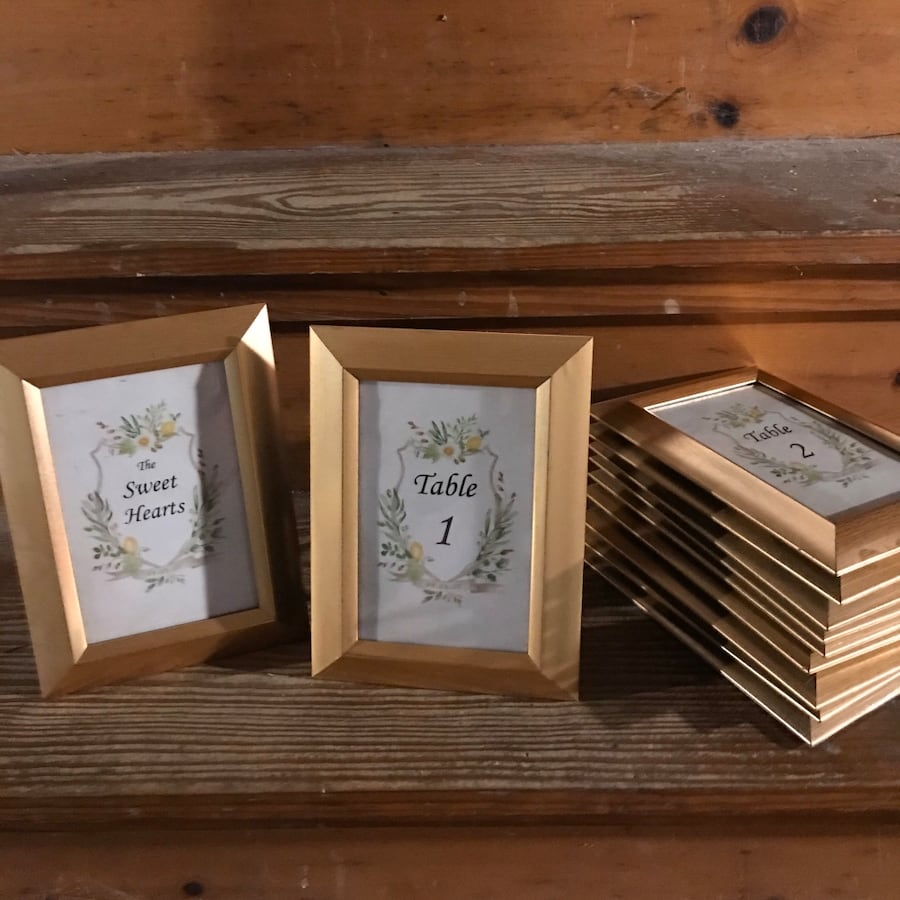 Picture frames (pack of 11-gold)