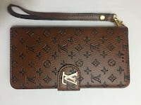 brown monogrammed Louis Vuitton leather wristlet Chantilly, 20152