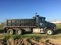 gray and black utility trailer 1215 mi