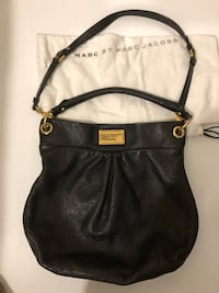 Authentic Marc Jacobs Hillier Black Leather Bag with crossbody strap (dustbag included) Toronto, M2J 1Z1