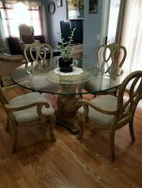 Round glass dinning  table with 4 chairs  Dalton, 30721