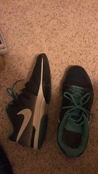 Nike sports shoes Pflugerville, 78660