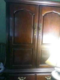 cabinet solid wood great condition Lutz, 33549