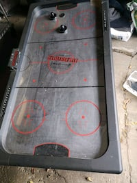 Air hockey table Mississauga, L5A 2X4