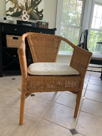 Wicker chair with cushion Windham, 03087