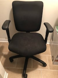 Office chair with free foldable stools Brampton, L6P 1M3