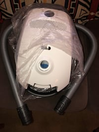 white and gray canister vacuum cleaner Rockville, 20851