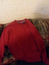 Guys red crew-neck sweater Pleasant Hill, 71065