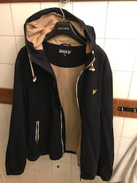 Lyle scott jacka