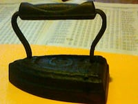 Antique clothes iron,made of iron Birmingham, 35217