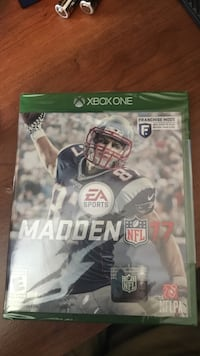 Madden 17 Xbox One game case