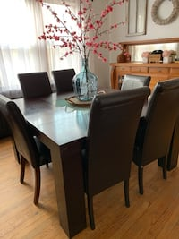 Dinning table set Chicago, 60629