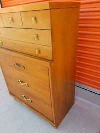 brown wooden 5-drawer dresser Huntington Beach, 92647