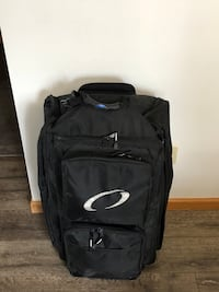 Scuba, Dive, snorkeling bag. Oceanic Premier 2. Used twice and in great condition. All zippers, pulls, wheels and handles are perfect. Built well, tough bag $200 new Evergreen, 80439
